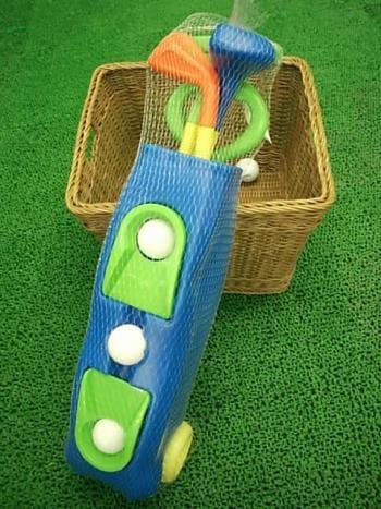 未来のゴルファーへ!!ジュニアセット入荷しましたっ