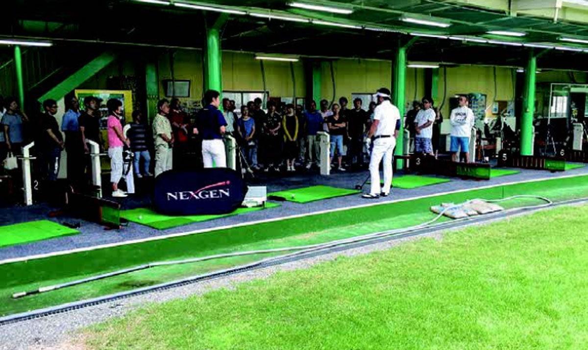 ゴルフパートナー練習場インショップタイプ 契約プロによるイベント開催
